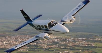 Imagem aeronave Piper Seneca